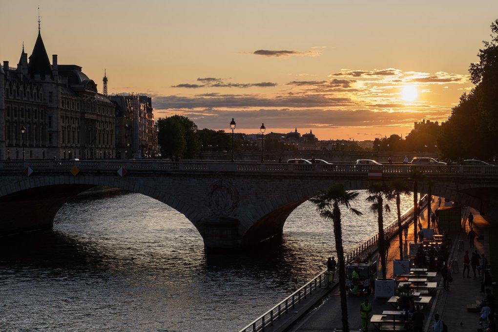 Sunset on Pont Notre Dame